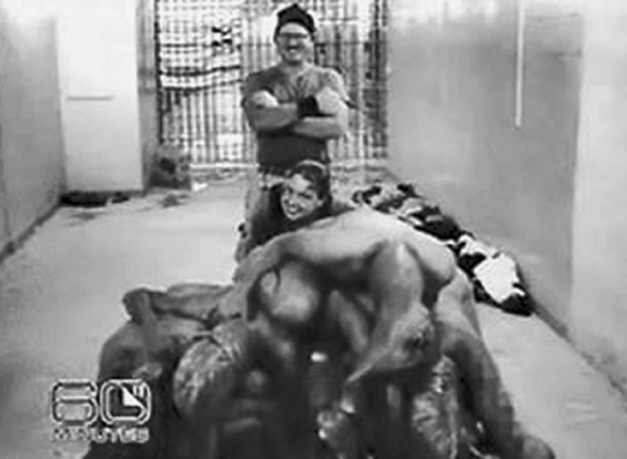 Naked Female Prisoners Tortured In Vietnam-6763